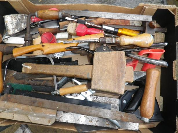 BOX OF HAND TOOLS FROM A CARPENTERS TOOL CHEST