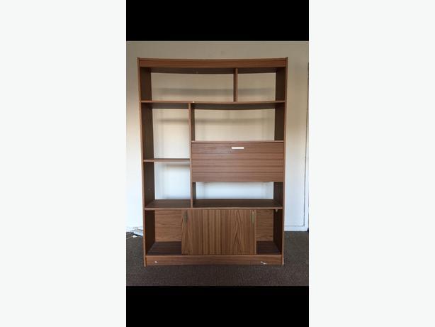 FREE: wooden shelving unit