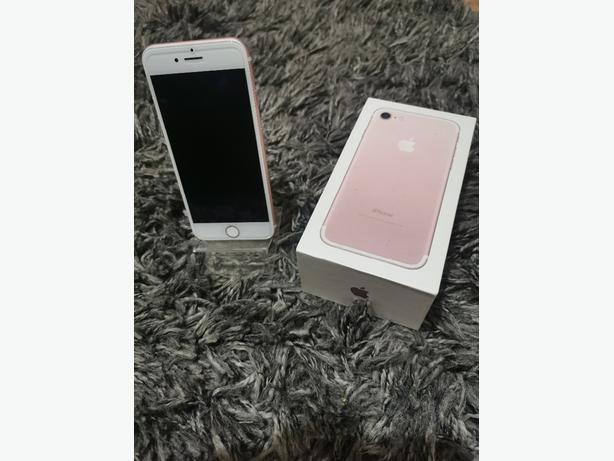 IPhone 7 in rose gold unlocked