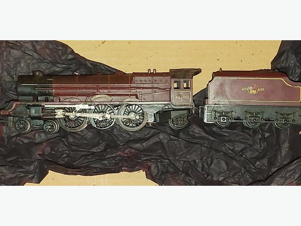 3 Triang Locomotives (Offers?)