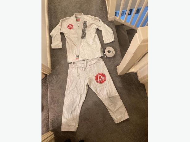 Jiu jitsu- GB1 V2 edition kimono w/belt