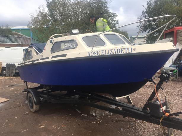 21ft boat mariner