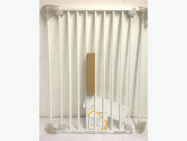 Wall Fix Extending Metal Gat