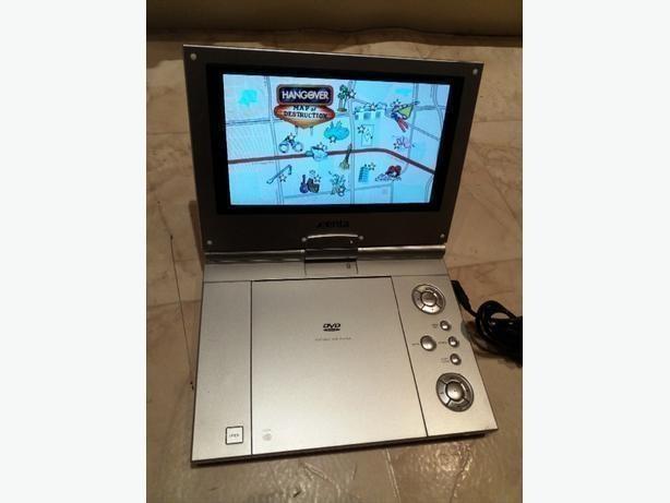 """Xenta Portable DVD Player 10"""" screen"""