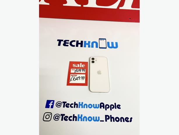 Apple IPhone 12 64GB unlocked to all networks White £649.99 Warranty