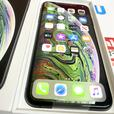 IPhone Xs max 256GB unlocked to all networks Space Grey £449.99