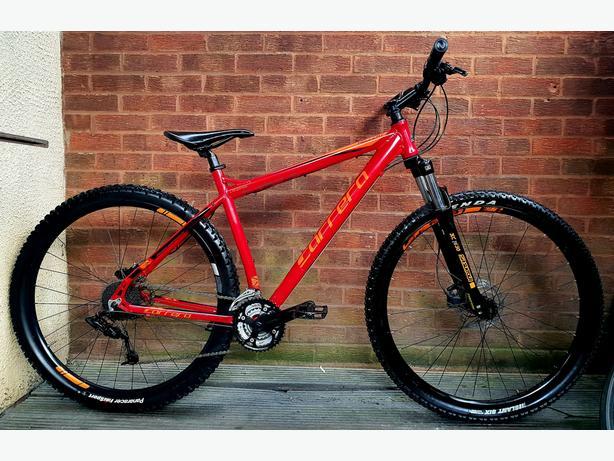 "Carrera  Hellcat mountain bike,29""wheels, hydraulic  brakes"