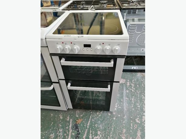 Bush 50 cm electric cooker graded with warranty at Recyk Appliances