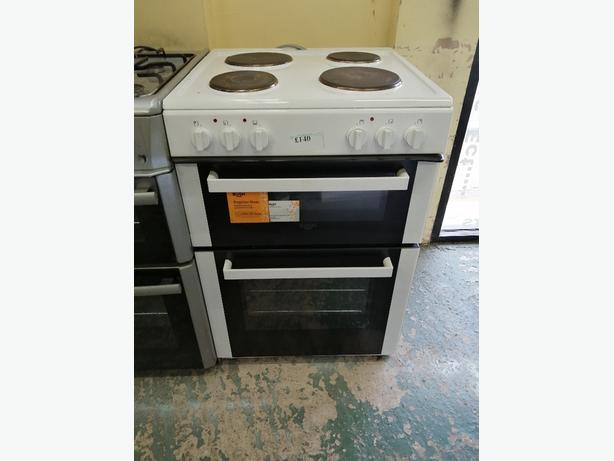 Bush 60 cm cooker with hot plates at Recyk Appliances