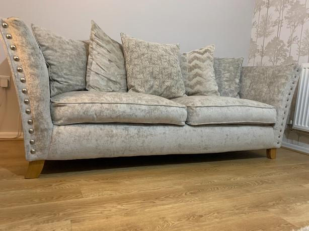 Rihanna 3 seater scatter-back sofa.   OFFERS!!!