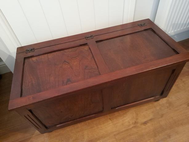 Blanket Box Oak