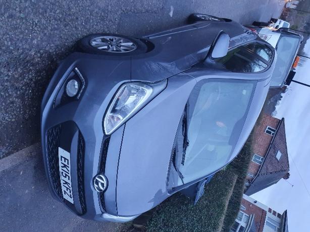 Hyundai i10 Premium 5 door 1.0