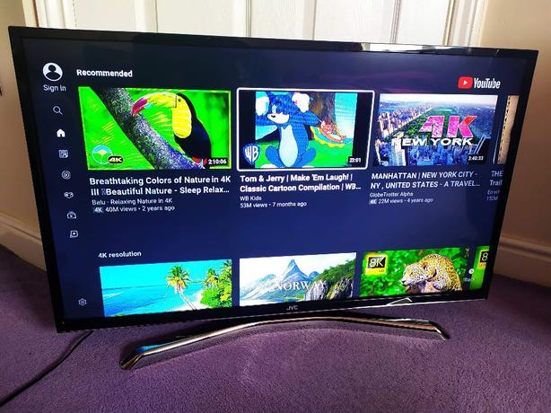 JVC 40inch led full HD smart TV