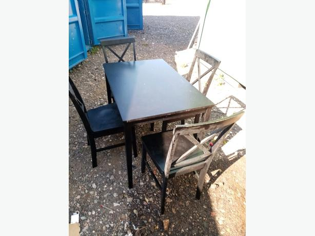black table and chairs