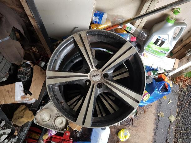 17 inch 5 spoke alloys