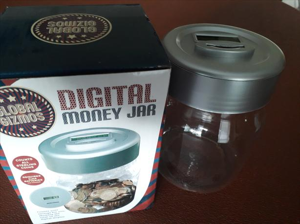 MONEY SAVINGS JAR