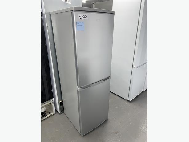 PLANET APPLIANCE - LOGIK FRIDGE FREEZER SILVER