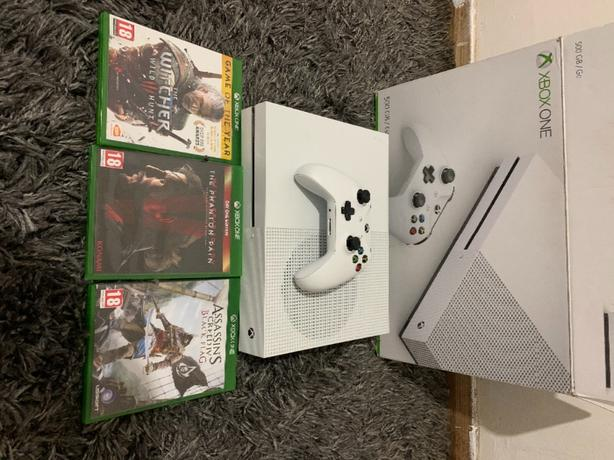 xbox one s 500gb eith games
