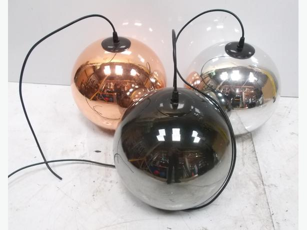 3x Round Ball Hanging Lights