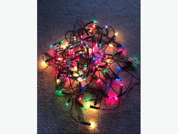 100 MULTICOLOURED LED CHRISTMAS TREE LIGHTS