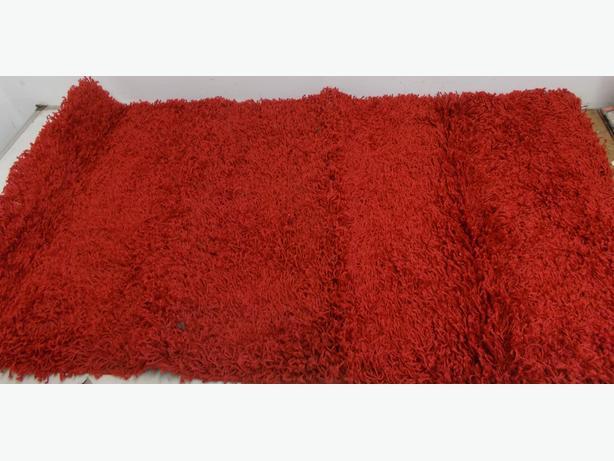 Red Rug 60cm x 110cm