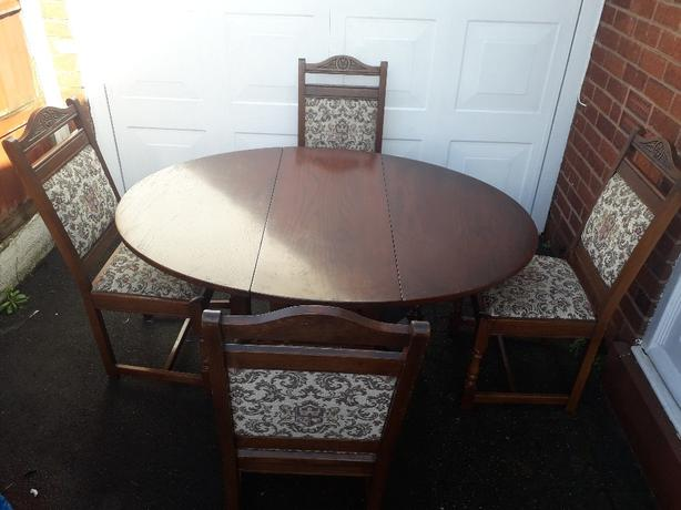 Table & Chairs (old charm)