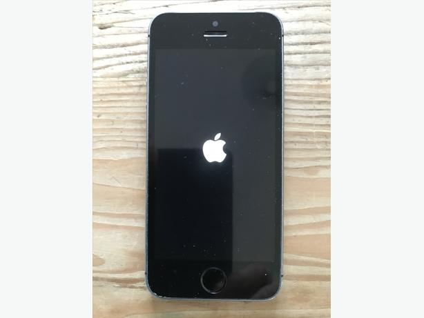 Apple iphone 5S 16gb A1457 silver Giffgaff with protective case
