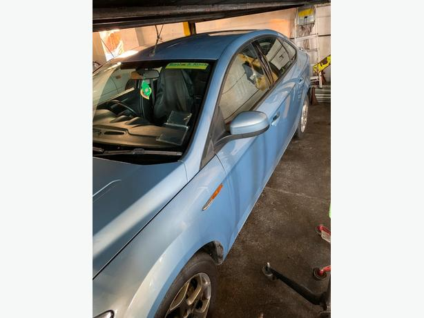 Ford mondeo breaking