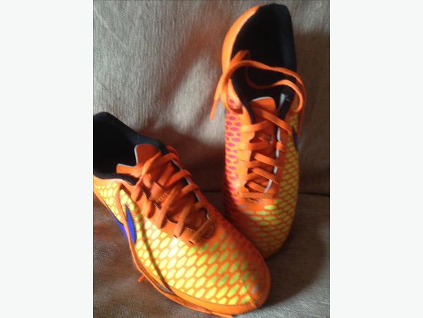 Nike Magista Football Boots UK 8.5 Eur 43