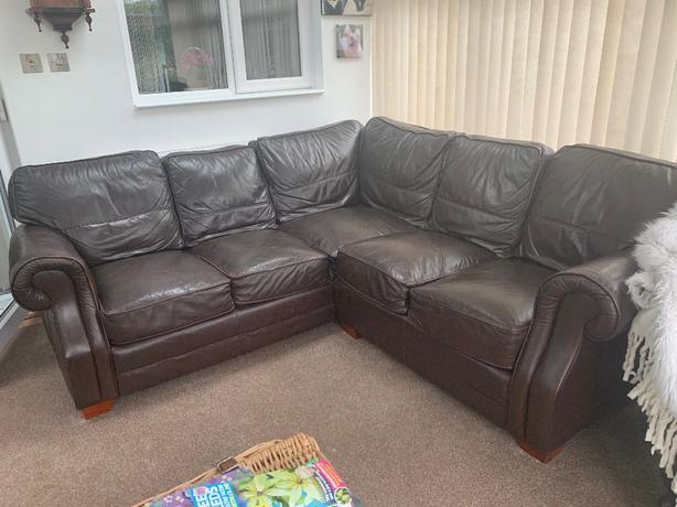 FREE: corner sofa