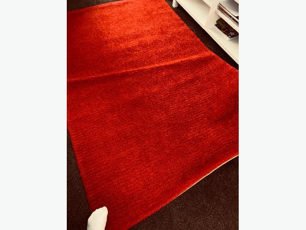 red rug langsted