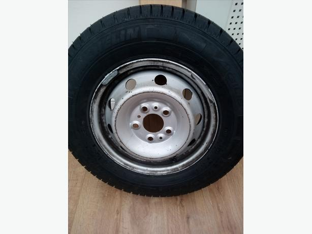 Michelin Agilis new tyre with rim for sale