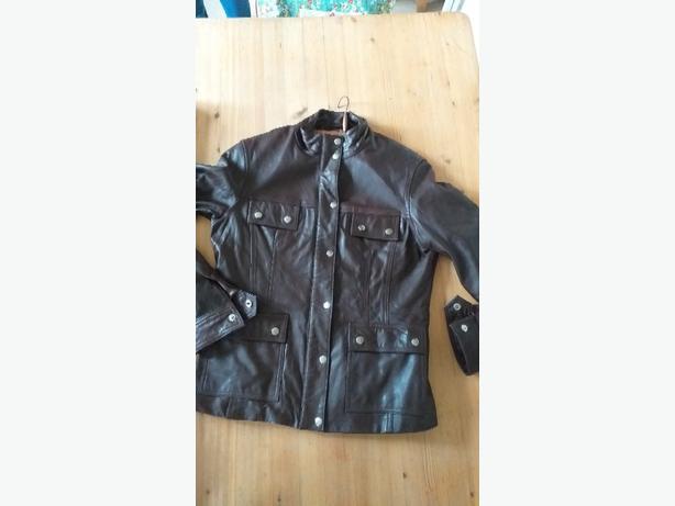 e,tam.ladies .brown leather jacket...12-14