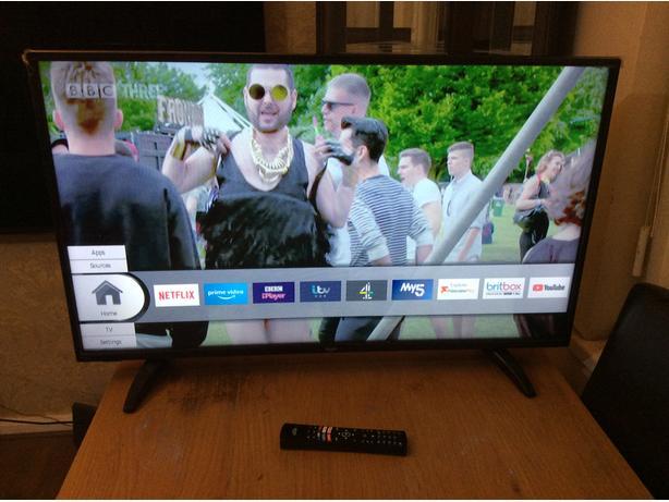 43 INCH BUSH SMART TV