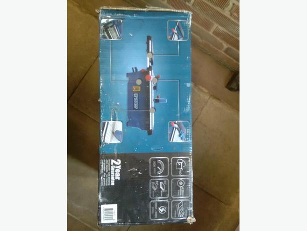 Erbauer 750W 220-240V Tile Cutter ERB337TCB Brand new