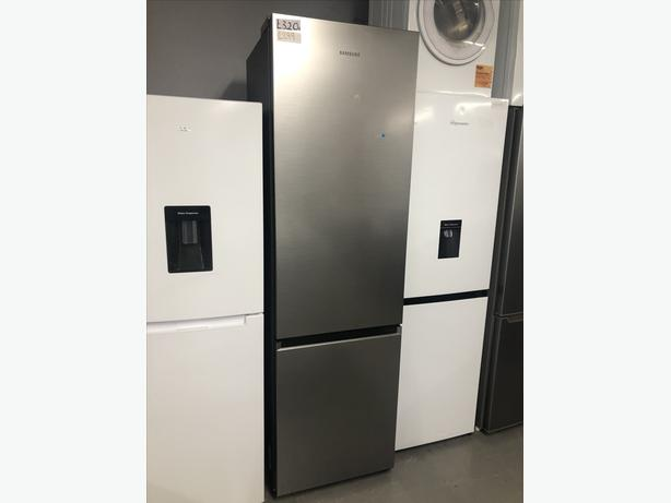 LARGE SAMSUNG FRIDGE FREEZER/ REFRIGERATION