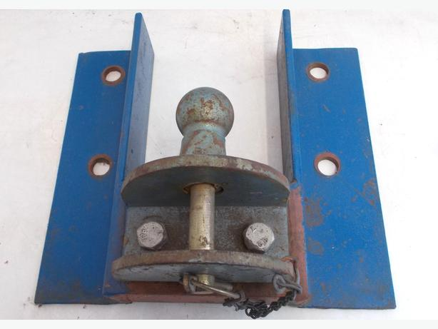 Vehicle Tow Bar Plate