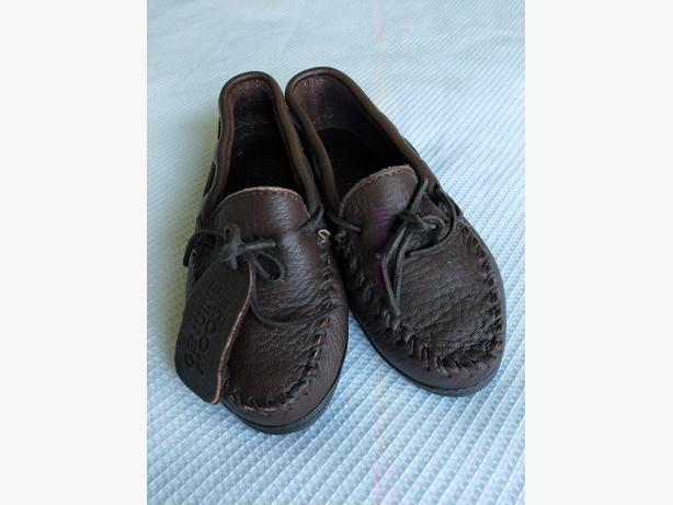 Moccasin soft shoes