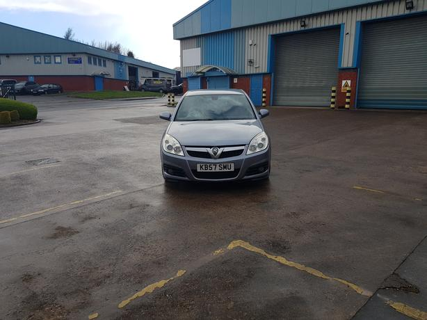 Automatic Vectra 1.9 Cdti Diesel, 57 reg, 5 dr, long mot, read full advert