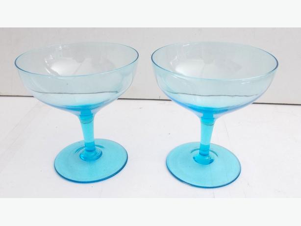 2x Blue Cocktail Style Glasses