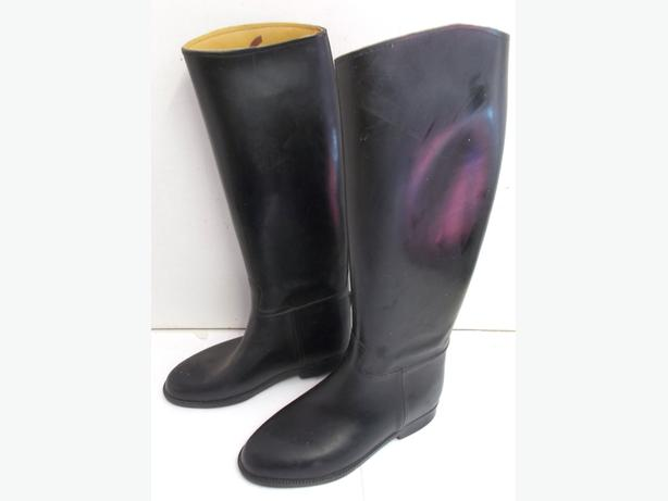 Black Riding Boots Size 4