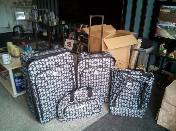 Brand new 4PC Luggage Set.