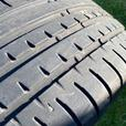 Car tire (Accelera 225/40 ZR18 92Y) extra load