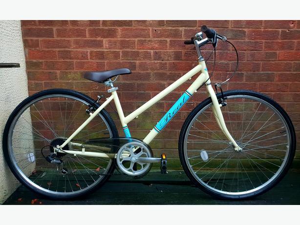 Real Clifton ladies bike,700c wheels, 6 speed
