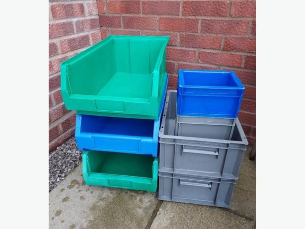 Various Stackable Storage