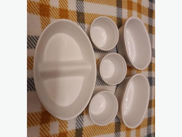 White Ceramic Kitchenwear