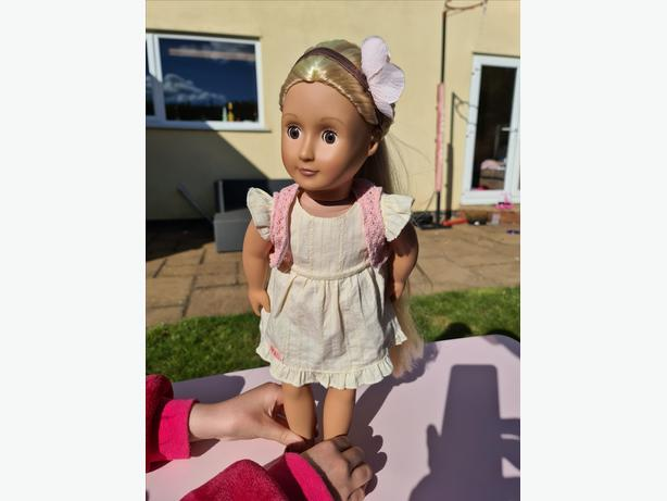 Our Generation Doll Phoebe plus Accessories