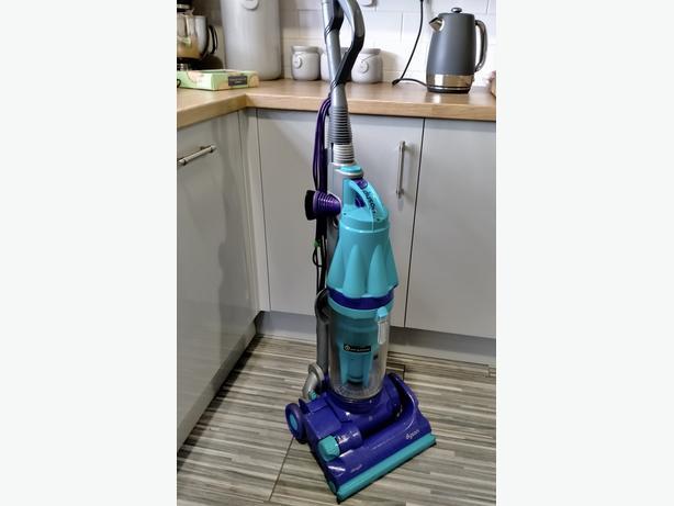 Dyson DC 07 Vacuum Cleaner