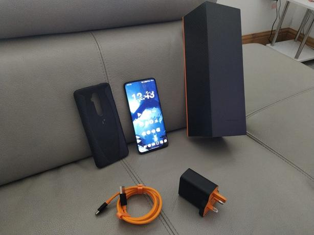 OnePlus 7t Pro McLaren Edition EXCELLENT CONDITION BOXED