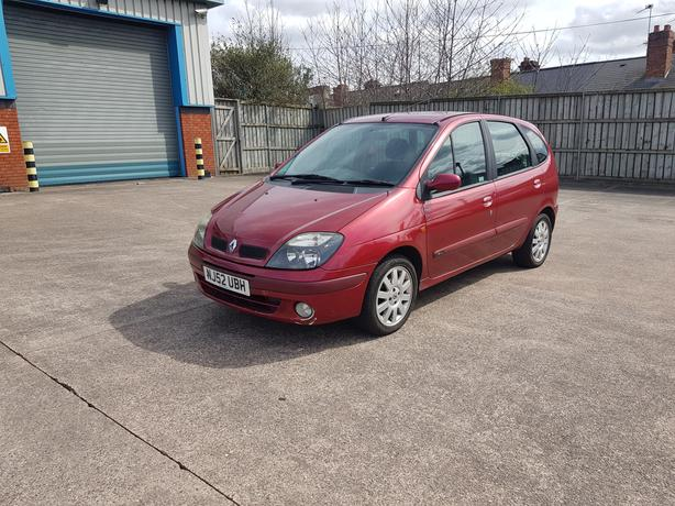 Automatic Senic 1.6, 5dr, long mot, low mileage drives good very spacous